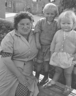 Grandmother with grandchildren 1962
